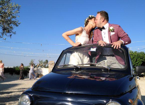 Una Fiat500 per Vicky e Steve